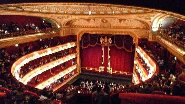 Посещение оперы в Лондоне запомнится Вам надолго