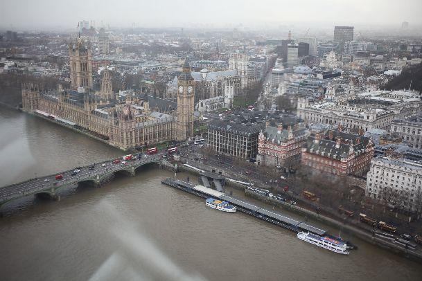 Такие виды открываются с лондонского колеса обозрения London Eye