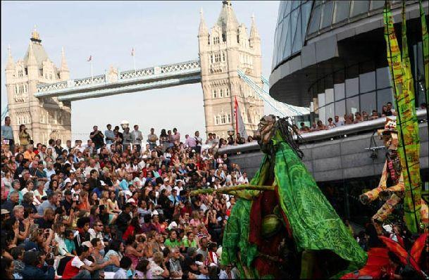 Фестиваль Темзы сопровождается рядом яркий и увлекательных мероприятий!
